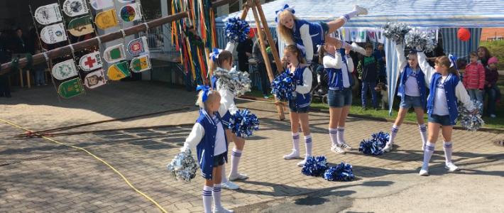 Maibaumfest im Auenweg am 1. Mai